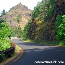 Historic Columbia River Highway Trail   dabiker/traillink.com