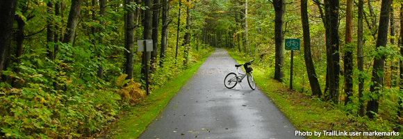 Bike on the Warren County Bikeway | Photo by TrailLink user markemarks